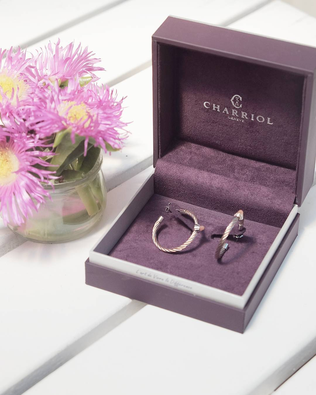 Coucou! Win this fabulous rose gold coated earrings Charriol withhellip